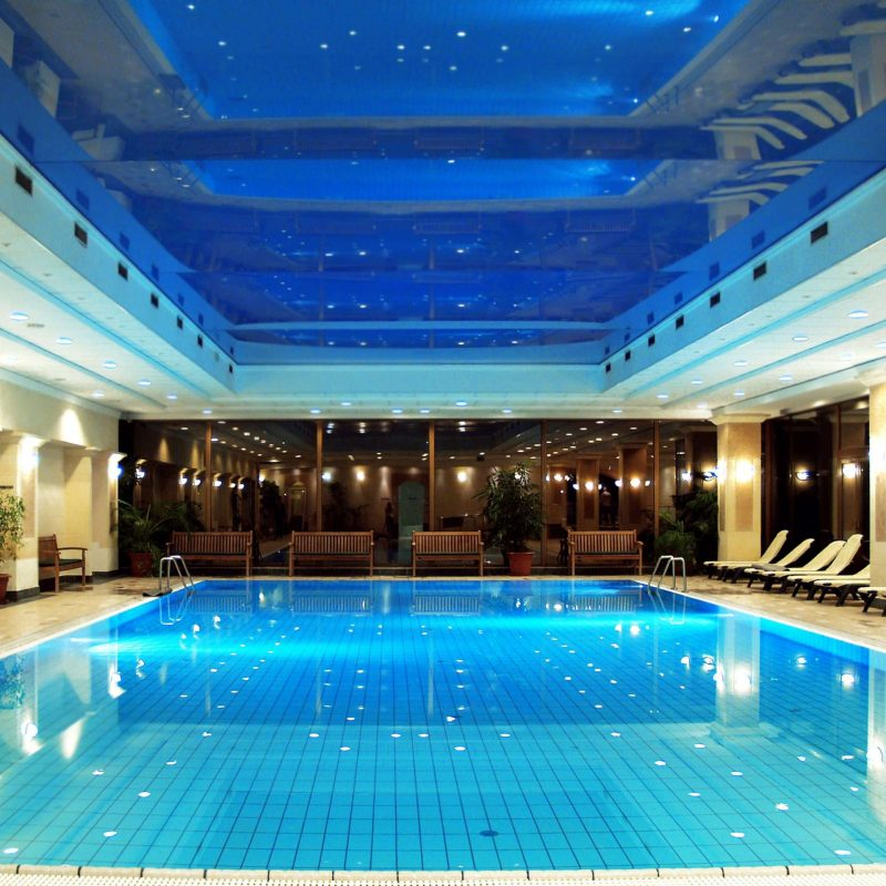 Msziget spa swimming pool_02
